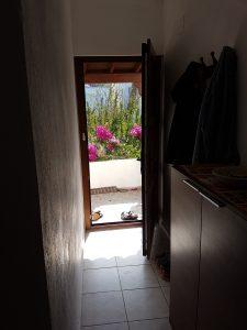 Hauseingang von innen der Ferienwohnung in Bodrum Güvercinlik